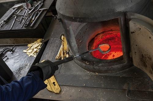 spitzer Ofen
